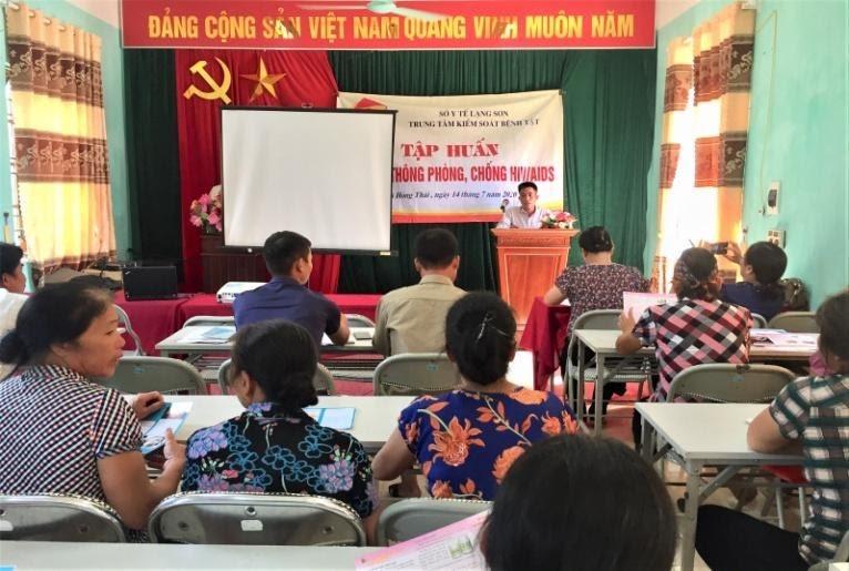 dc Nguyễn Văn Nghĩa pCT UBGND x Hồng Thái.jpg